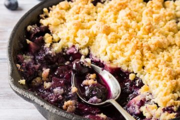 Blueberry and coconut crumble